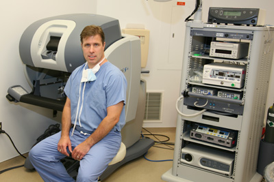 Dr. Sommers with DaVinci Robotic Arm